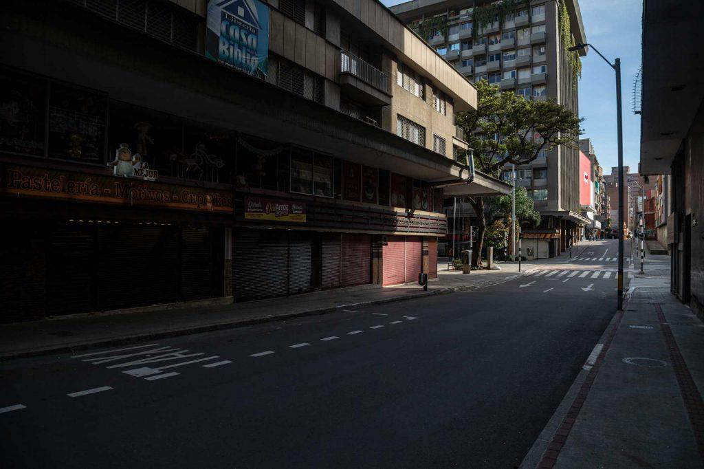 Diarios inciertos calle sola